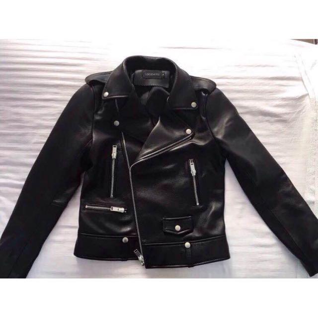 時尚黑色皮外套
