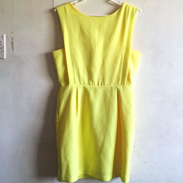 Chloe Chen Sunny Yellow Dress