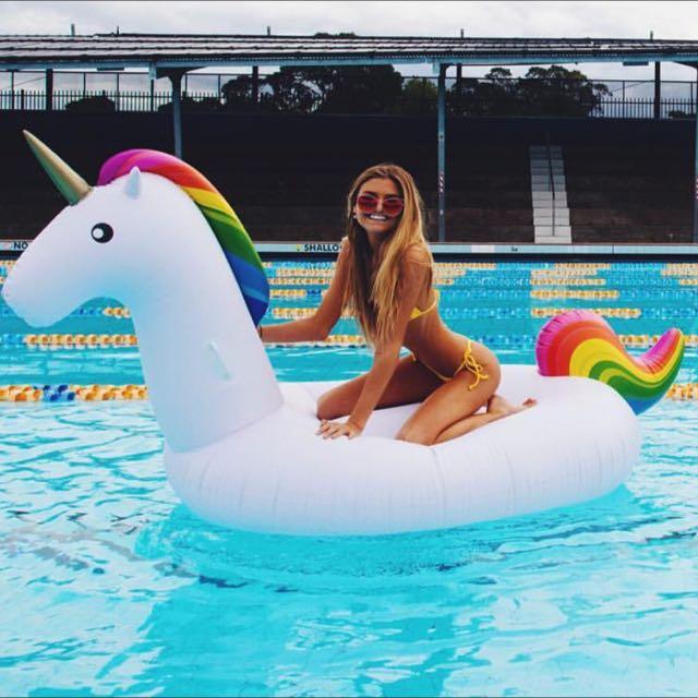 Giant Rainbow Unicorn Floaty