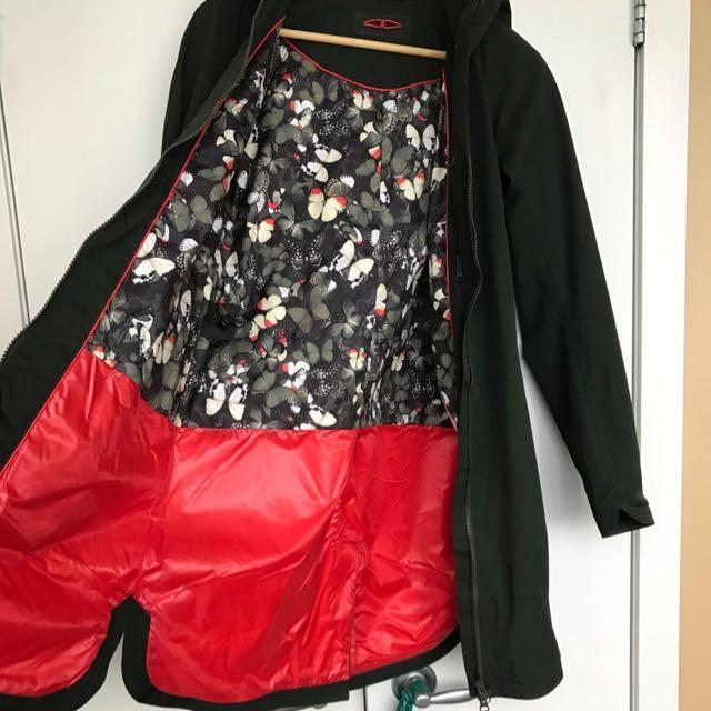 Lululemon Rain Jacket Size 2