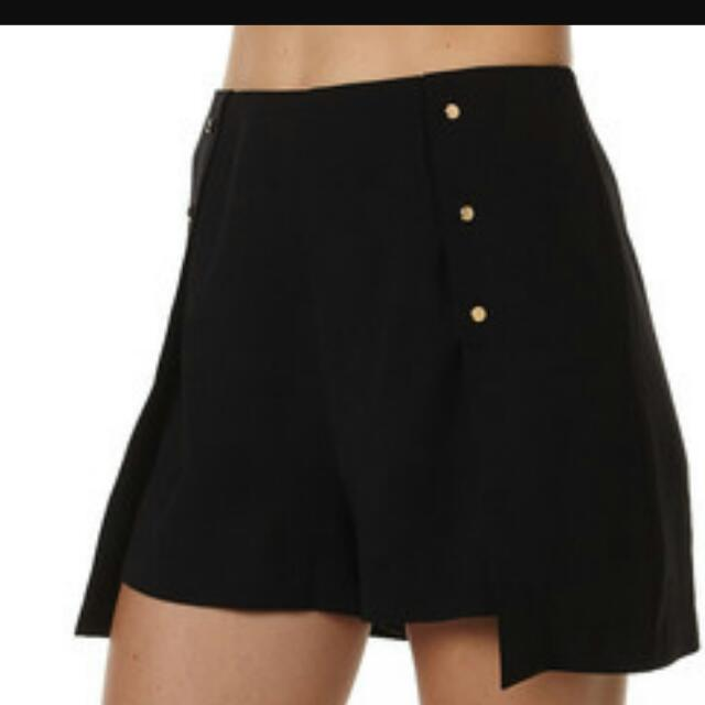 MINK PINK Skirt Shorts Medium