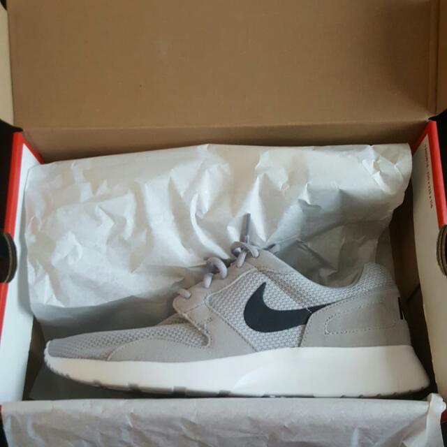 Nike Kaishi - Grey/White Sz. 10.5