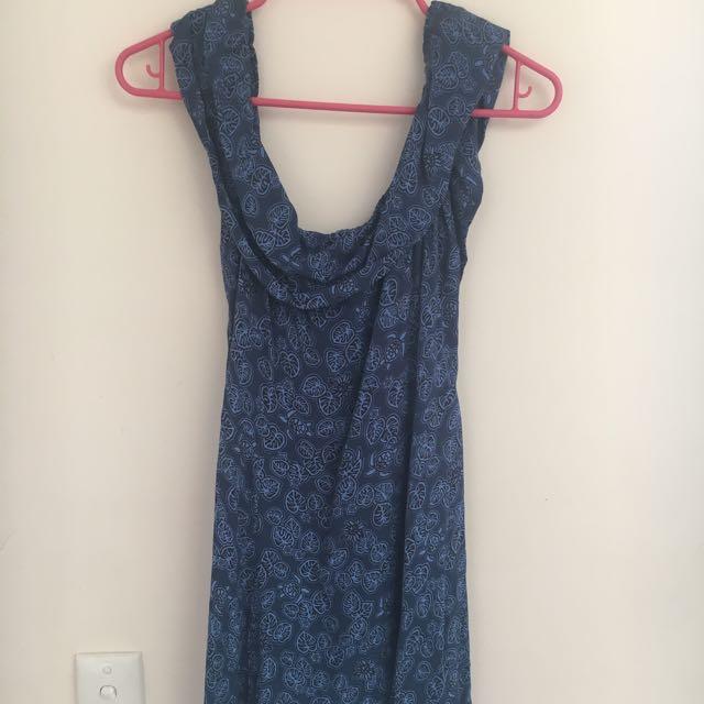 Off-the-shoulder Edt. Dress
