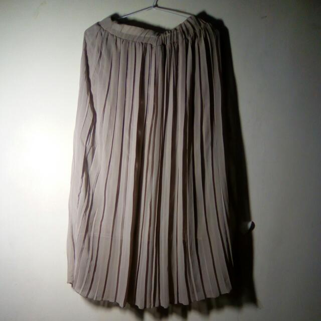 Pleated Brown Skirt