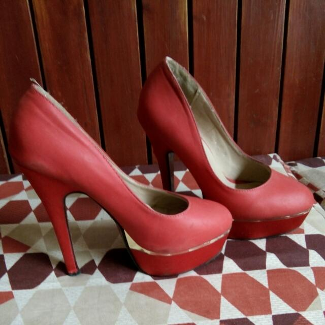 Red With Gold Plates Heels