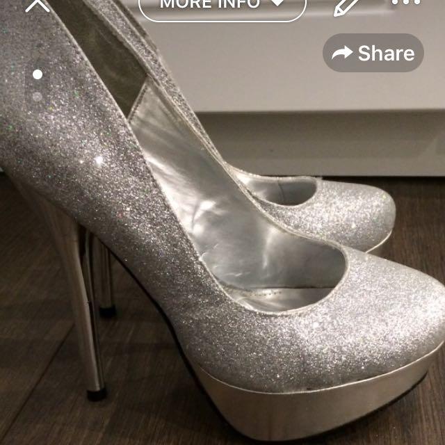 Silver Glitter Pumps!