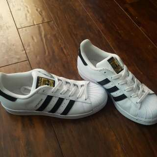 6.5 Adidas Superstar Shoes