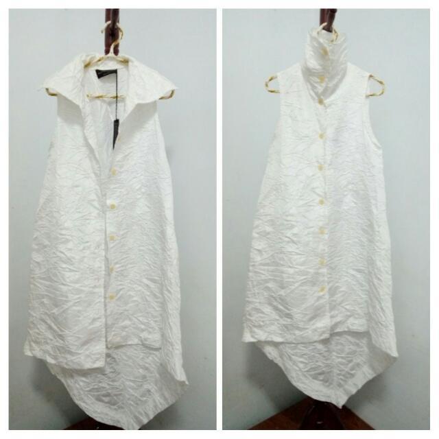 *0400* 義大利 白色摺衣