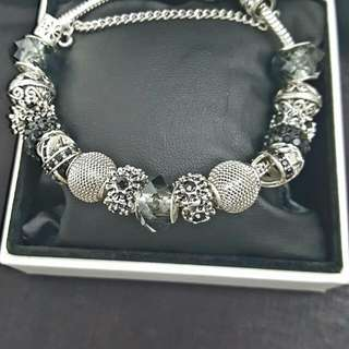 Charm Braceletd