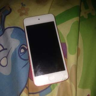 IPOD TOUCH 5th RED
