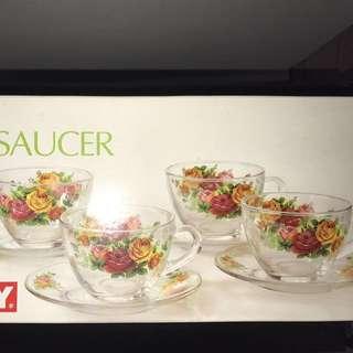 8 Pcs Cup & Saucer