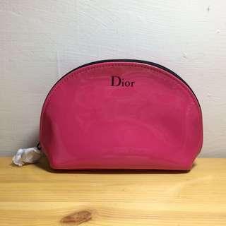 Dior 全新桃粉漆皮化妝包