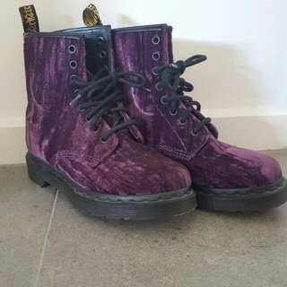Doc Martens Crushed Velvet Purple