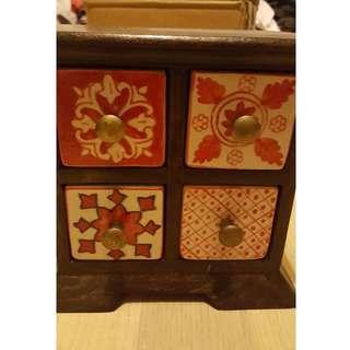 Ceramic Jewellery Box