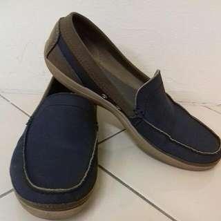 Crocs M12 👞