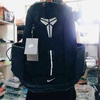 Nike Kobe 包包