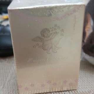 佳麗寶米蘭絕色香水2015限量 珍藏版+lunasol化妝包