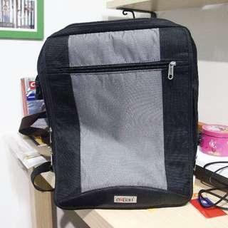 eeBag 15吋電腦後背包