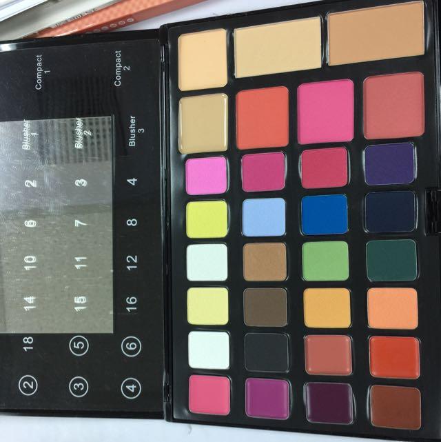 全新美容乙丙級考試、造型專用彩盤