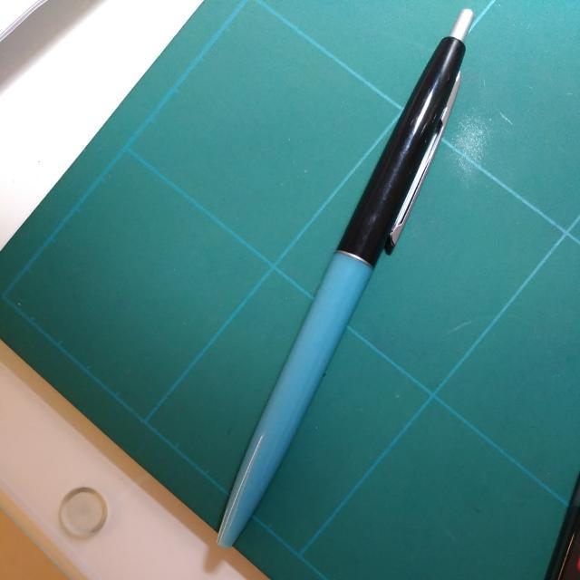 滑順好寫黑色原子筆