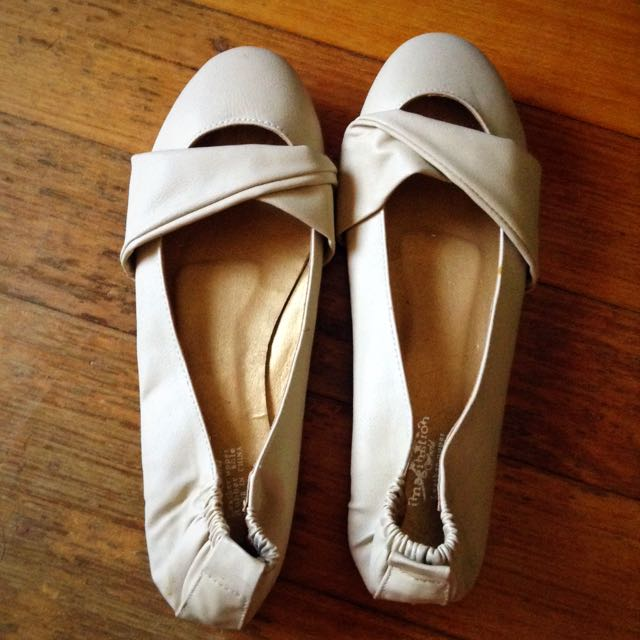 Beige Cream Leather Wrap Accent Flats