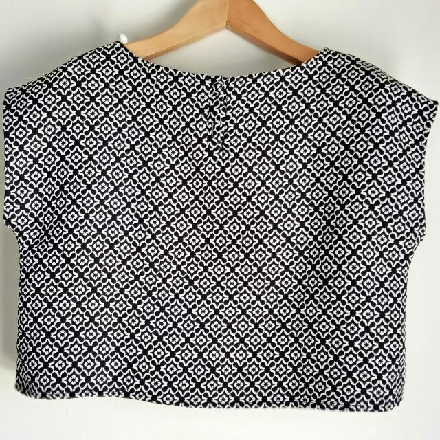 Black and White Pattern - Vintage Top