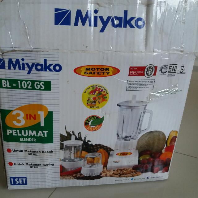 Blender MIYAKO 3in1 Masi Baru Lengkap Dgn Kotak . Edisi Pindah Rumah .