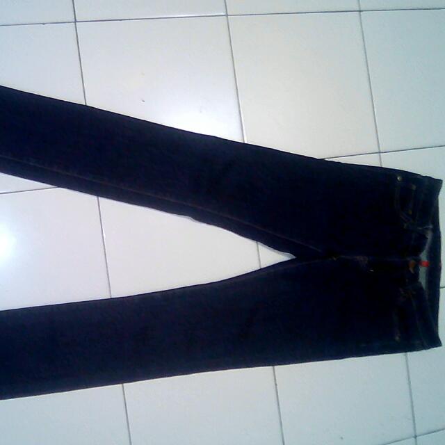 Celana Jeans UJ Uniqlo