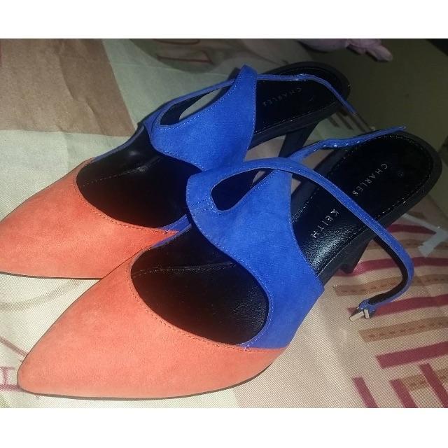 CHARLES & KEITH (Heels)