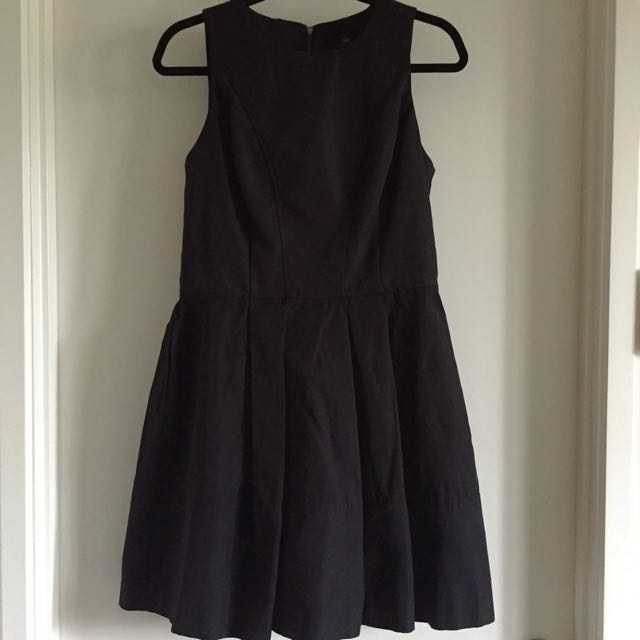 Negotiable: Cue Dress Size 10 in Black