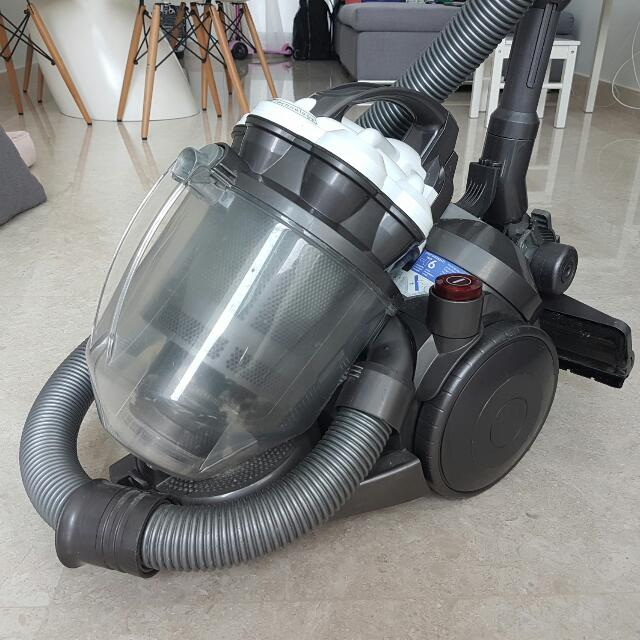 *RESERVED* Dyson DC9 Vacuum