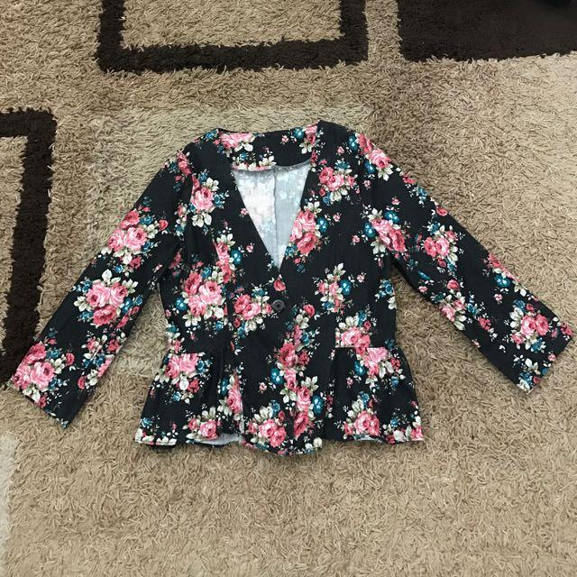 Floral Crop Top Blazer