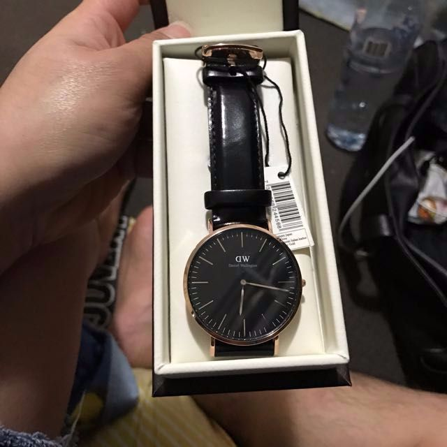 Genuine Daniel Wellington Black Dial 40mm..
