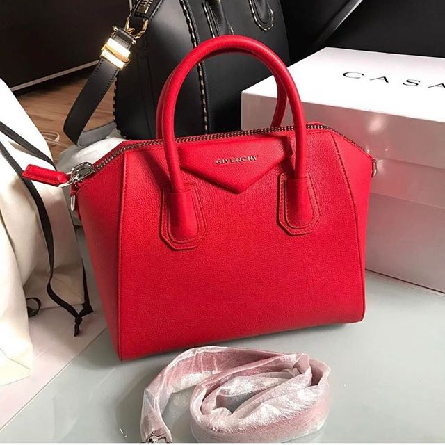 Givency Antiogna Red