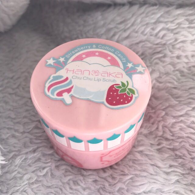 Hanaka Chu Chu Lip Scrub Strawberry