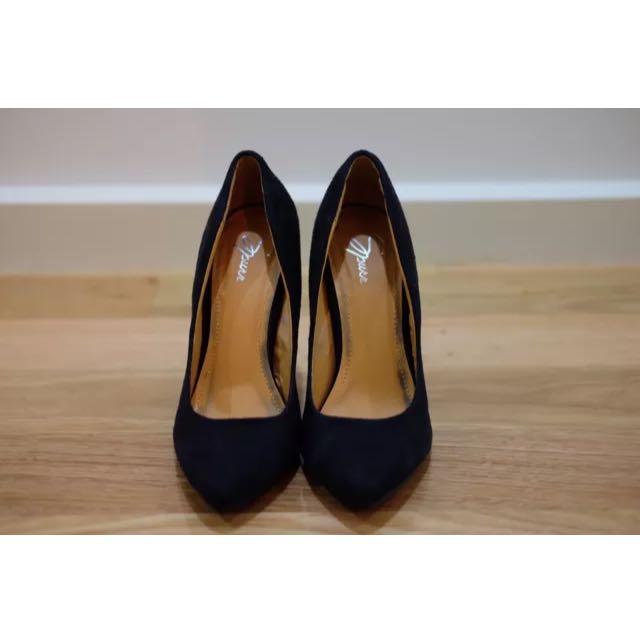 Heels Size 5/36