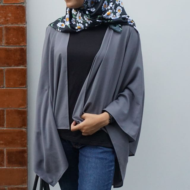 Sally Outer By Himels