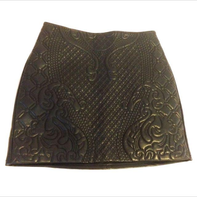 H&M Black Patterned Pleather Skirt