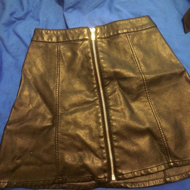 H&M Faux Leather High Waisted Skirt