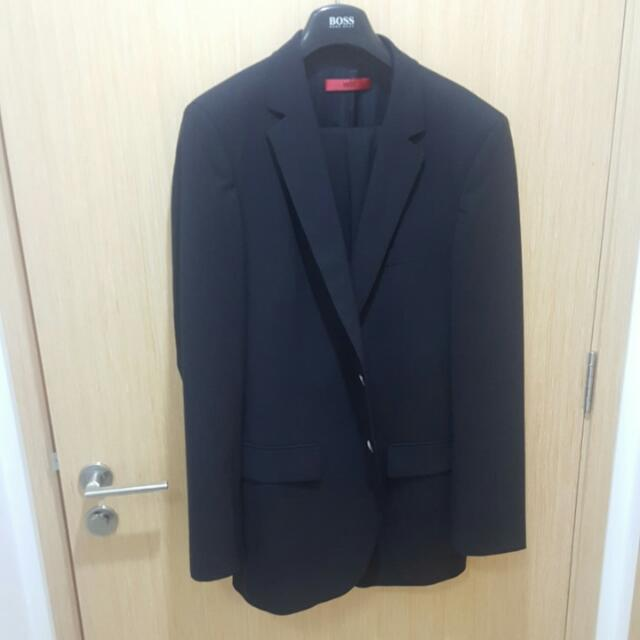 9bb5f5768 GSS Hugo Boss Suit Model Aamon / Hago 98, Men's Fashion, Clothes on  Carousell