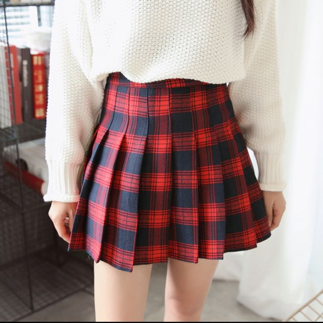 e068edce84 INSTOCK] RED Checkered Tennis Skirt, Women's Fashion, Clothes, Pants ...