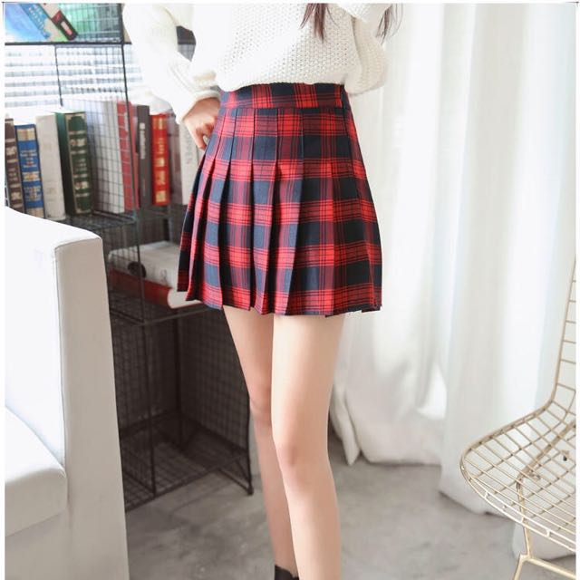 b900822b2d [INSTOCK] RED Checkered Tennis Skirt, Women's Fashion, Clothes, Pants,  Jeans & Shorts on Carousell