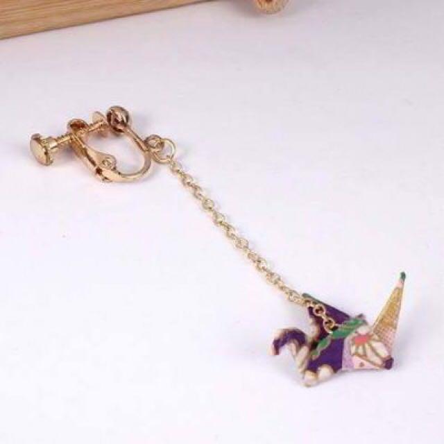 Japanese Osewaya Swan Origami Earrings