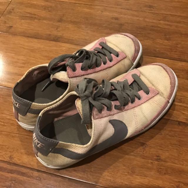 Nike Runner Sneakers Pink