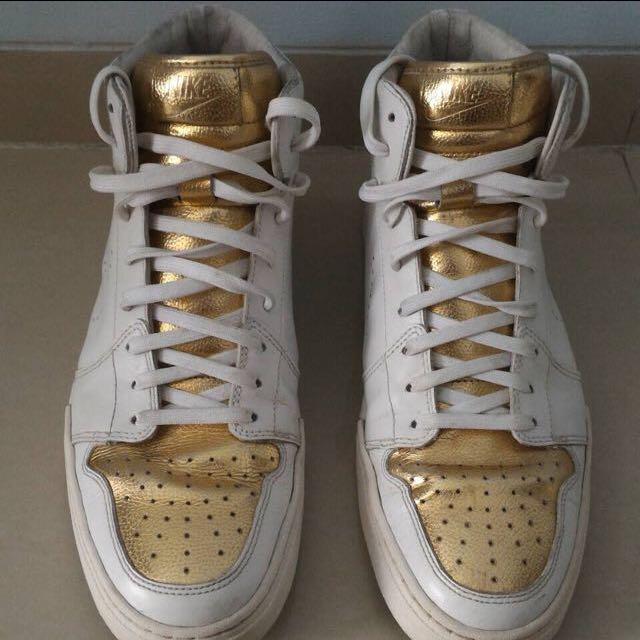 Nike Shoes Gold ORI