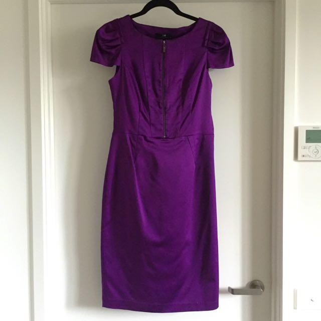Negotiable: Purple/Magenta Cue Midi Dress in Size 10