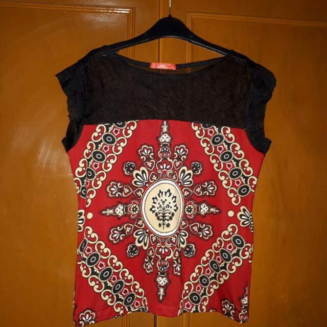 Brand NEW! Red Printed Top