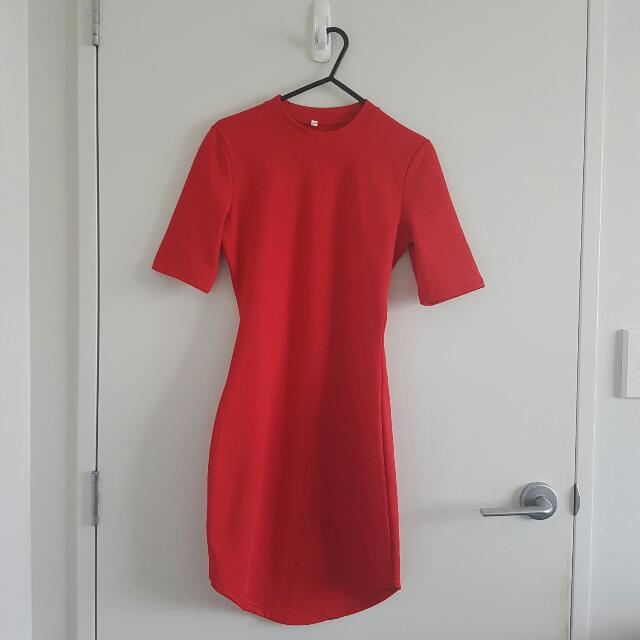 Red Round Collar Bodycon Dress