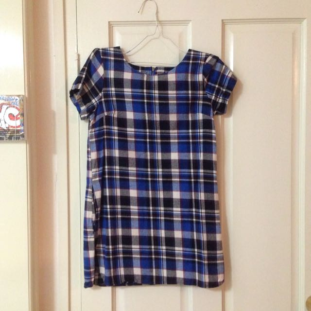 Size S Plaid T Shirt Dress