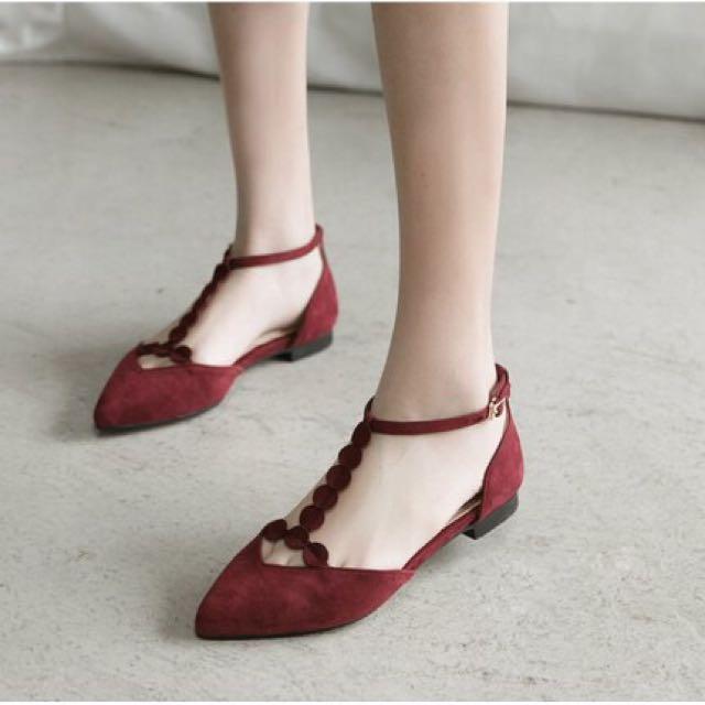 絨布花邊T字帶繞踝尖頭鞋
